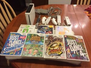 NINTENDO WII, 3 controllers, Wii Fit, 7 games!!!!