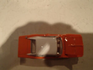 Loose Hot Wheels LE WHIPS Team Baurtwell '69 Dodge Charger orang Sarnia Sarnia Area image 7