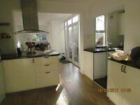 2 bedroom house in Bentsbrook Road, Dorking, Surrey, RH5