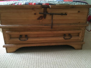 Solid Wood Pine Chest - Santa Fe Rusticos