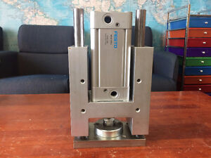 FESTO Pneumatic guided punch cylinder New never used