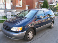 2002 Toyota Sienna XLE LIMITED FULLY LOADED LEATHER SUNROOF