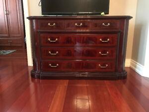 Italian lacquer dresser