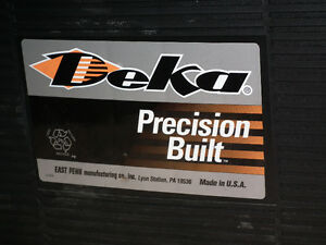 DEKA  8D  HEAVY  DUTY  BATTERY  USED  LIKE  NEW