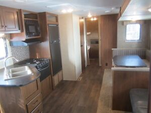 2014 Heartland Pioneer 30QB Travel Trailer ***QUAD BUNKS*** London Ontario image 10