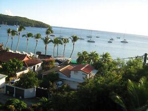 Maison Martinique, face Caraïbe, plage à 60m.