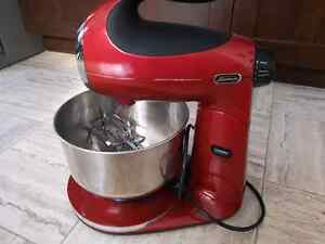 Sunbeam Mixmaster Classic Stand Mixer- Excellent condition
