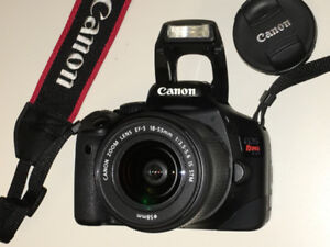 Like New Canon EOS Rebel T2i Camera with upgraded 18-55 STM Lens