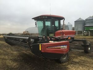 Premier (MacDon) 2940 Windrower c/w 25' harvest and 14' hay head