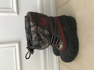 Sorel Toddler Boys Size 12  Winter Boot