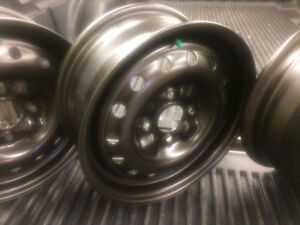 "15"" RIMS & CAPS LIKE NEW 4 X 114.3 BOLT PATTERN $80"