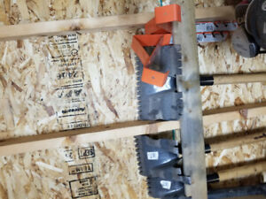 Roofing and Flooring Tools