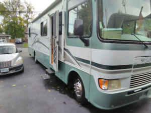 2000 Monaco La palma ~Motorhome for sale~