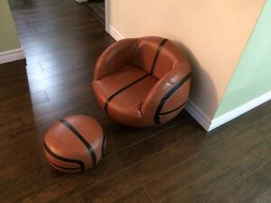 Child size basketball chair with ottoman