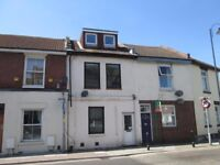 3-bedroom flat to rent - Lawrence Road