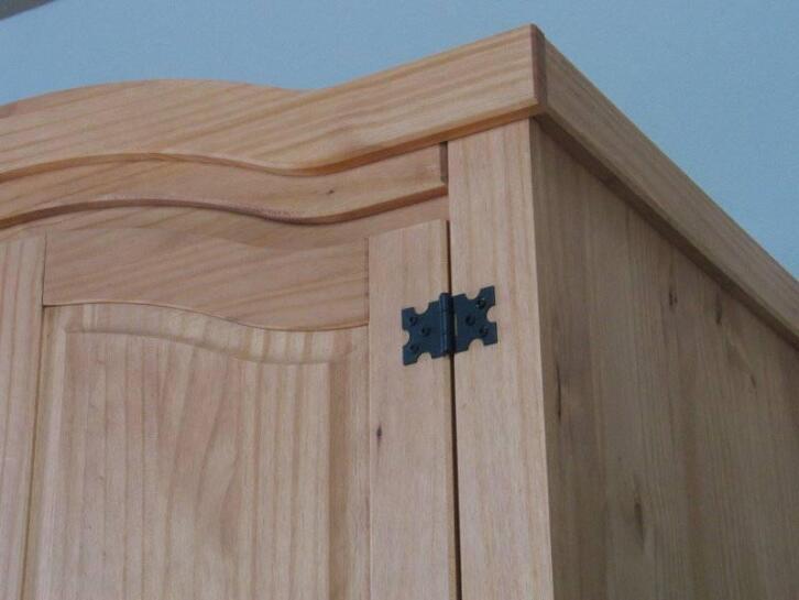 New mexico 5 deurs kledingkast met spiegel 2dehands.be