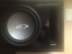 Alpine Sub in box with Clarion Amp combo
