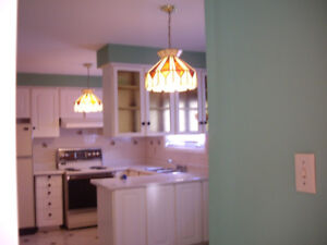 Partially furnished Upper level Home- NEAR SQUARE ONE