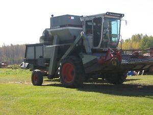 L2 Gleaner Combine