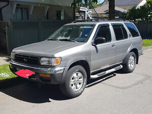(REDUCED) 1998 Nissan Pathfinder SUV, cash or trades for truck