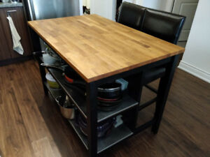 Selling Ikea Kitchen Island, with 2 leather bar stools included