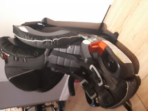 Britax Frontier CT car seat - great condition with manual