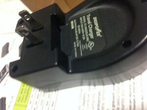 Digipower SLR Battery Charger Kitchener / Waterloo Kitchener Area image 3