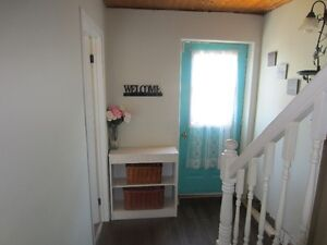 23 OCT: BEAUTIFUL CLEAN BSMNT BACH APT: OWN BATH,ENTRANCE!!