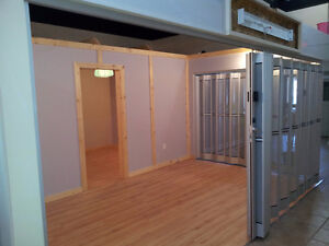 REALLY CHEAP DOWNTOWN MIDLAND RETAIL/OFFICE SPACE $450/MONTH