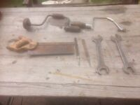 Bundle of vintage tools
