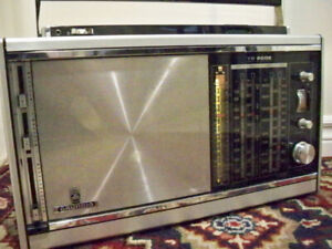Grundig TR 6002*vintage KW/SW/LW/AM/FM radio*year 1971*Germany