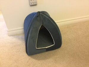 Cat bed / cat yurt