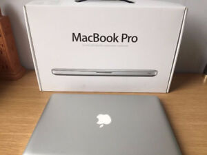 13 inch Macbook Pro 2012 i5 4gb ram 500gb hd with charger!