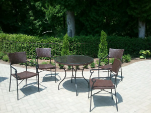 5 piece wicker patio set
