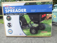 Tractor Brinly-Hardy Broadcast Spreader,