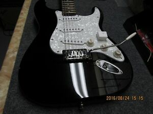 Fender Stratocaster, Brand new Cornwall Ontario image 2