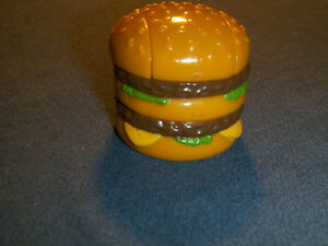 RARE MCDONALD'S BIG MAC TRANSFORMER ROBOT-1987-VINTAGE!