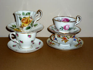 4 Bone China Tea Cups & Saucers : No chips or scratches .. Cambridge Kitchener Area image 1