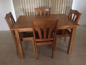 5 pieces dining set for sale  Windsor Region Ontario image 1