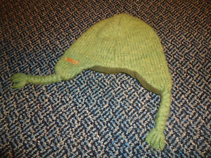 Size 4-7 Oscar The Grouch Toque Kingston Kingston Area image 2