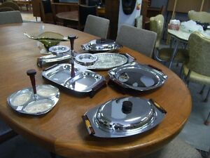 GLO HILL STAINLESS SERVERS BAKELITE Peterborough Peterborough Area image 8