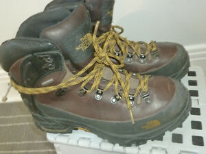 botte north face gr 8 semelle vibram  Gore tex
