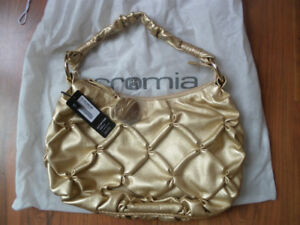 NEW/NOUVEAU sac en cuir or CROMIA Leather Bag Gold tone – Italy