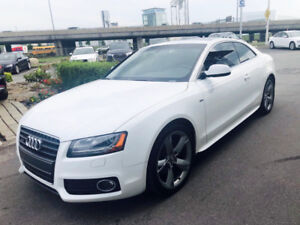 Audi A5 2011 ***EXTREME LOW MILEAGE *** !!!