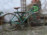 Beautiful ladies vintage French racer bike bicycle, restored and serviced