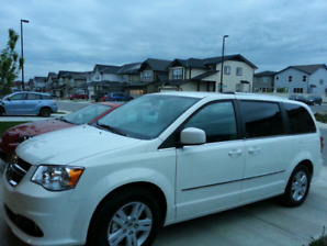 "2013 Dodge Grand Caravan ""Crew"" 78200kms!! Asking $18000.00  obo"
