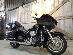2011 Harley-Davidson FLTRU - Road Glide Ultra Peterborough Peterborough Area image 2
