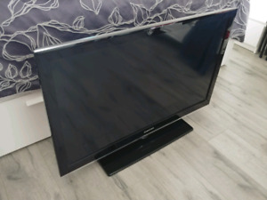 Samsung flat screen TV 40""