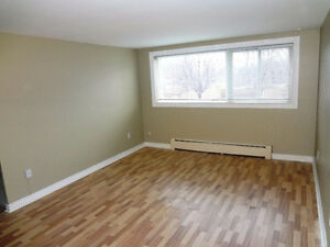 Non-Smoking 2-Bedroom for May 1