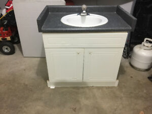 BATHROOM CUPBOARD WITH COUNTERTOP, SINK & TAP